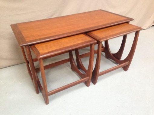 TABLES GIGOGNES VINTAG