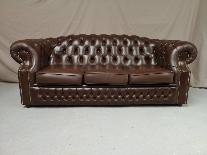 Canapé Chesterfield Marron Capitonné