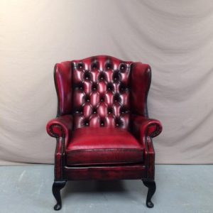 Fauteuil chesterfield wing chair rouge