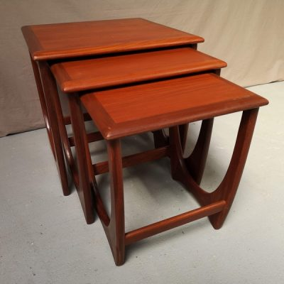 TABLE GIGOGNE TECK