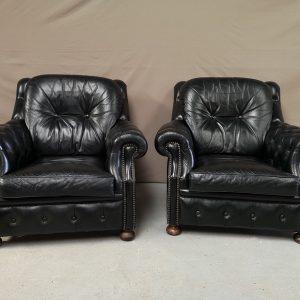 Fauteuils chesterfield cuir noir