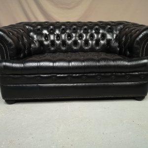 Canapé chesterfield cuir noir deux places