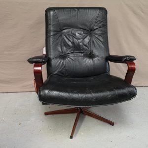 Fauteuil vintage suédois cuir noir