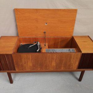 Enfilade stereo vintage