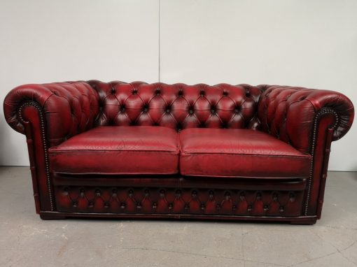 CANAPE CHESTERFIELD ROUGE