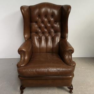 Fauteuil bergère chesterfield cuir vintage